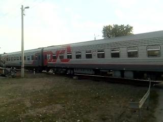 Магистральный пассажирский тепловоз ТЭП70БС с пассажирским поездом №353 Пермь - Адлер