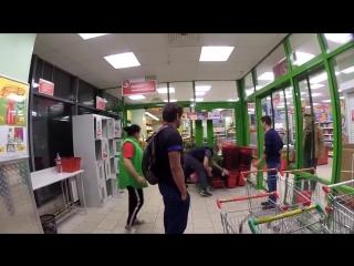 Охраник Чеченец в Пятерочке в Московском магазине избили покупателя Нетипичная Махачкала драка(2018)