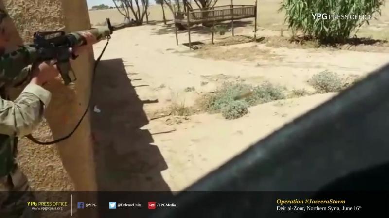 Бойцы SDF из ПТРК уничтожили джихадмобиль _ Дейр Аль-Зур, Северная Сирия