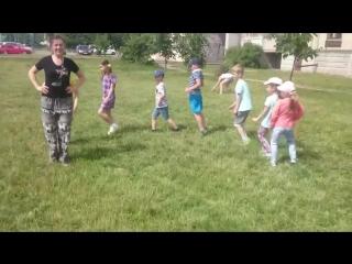 Лагерь июль 2018 Танцы на улице Летка енька