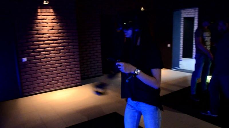 Drunkn Bar Fight в Genesis VR