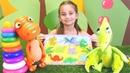 Çizgi film oyuncakları Dinozorlar puzzle birleştiriyorlar