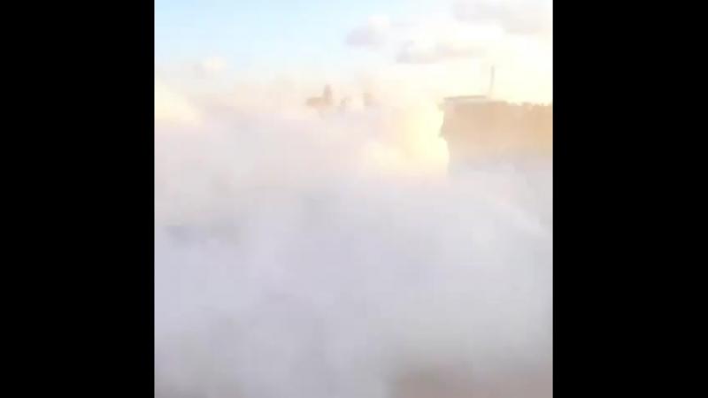 Palestiniens abattus par un drone de roche des forces armées israéliennes, qui leur ont jeté des grenades lacrymogènes