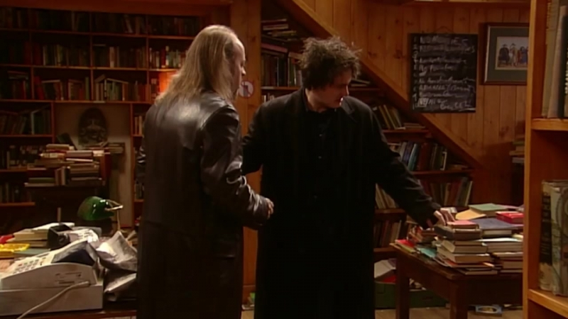 Half ten, freshen up - Black Books - Книги Блэка