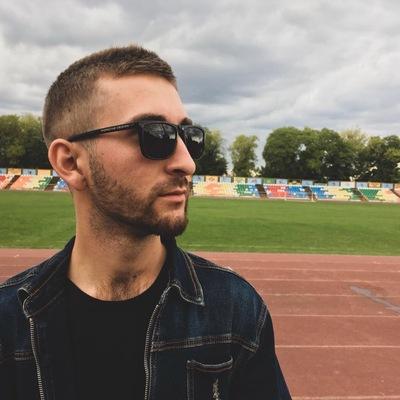 Виктор Карасев