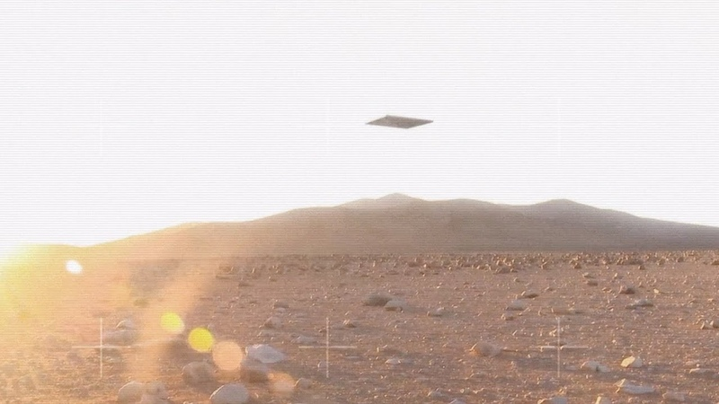 Leaked VIDEO from Curiosity Rover reveals Strange Monolith UFO in the sky of Mars June 2018
