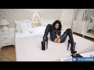 Anisyia livejasmin full latex bodysuit extreme high heels  (девушки скрытая камера вебка, тело голая порно секс домашнее видео)