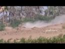 Хуситы из ПТРК подбили Ошкош южан рядом с деревней Джабалия провинция Ходейда