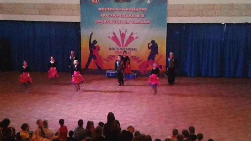 ССБТ ''ЭДЕМ''Андрей Бусыгин ''Мы любим жизнь'' Показательное выступление на фестивале эстрадного и спортивного танца в Арт-дв