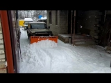 Как правильно чистить снег