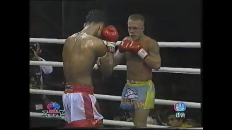 Ramon Dekkers vs Jomhod Kiatadisak