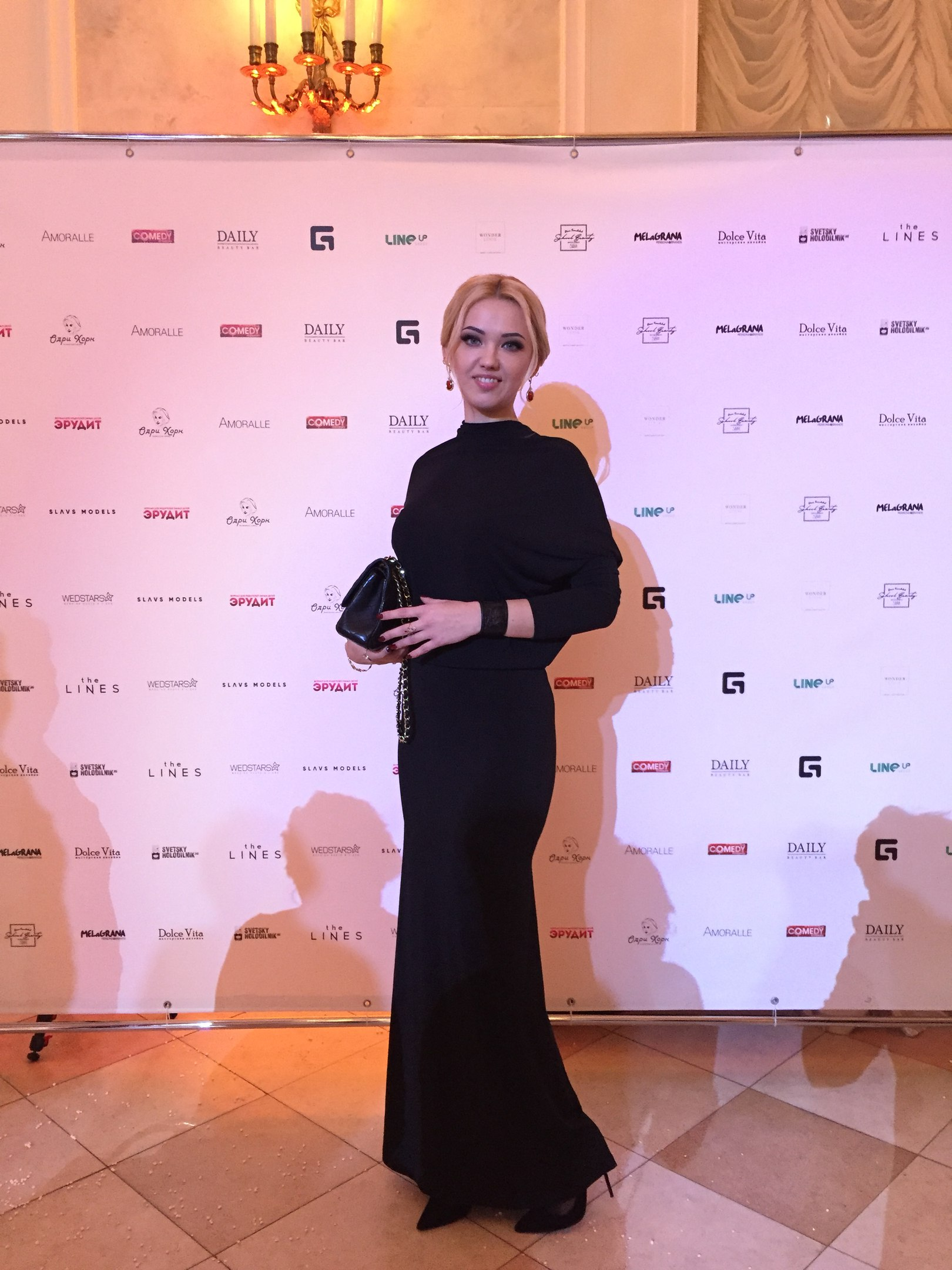 Эмма Райман финалист Черно-белое