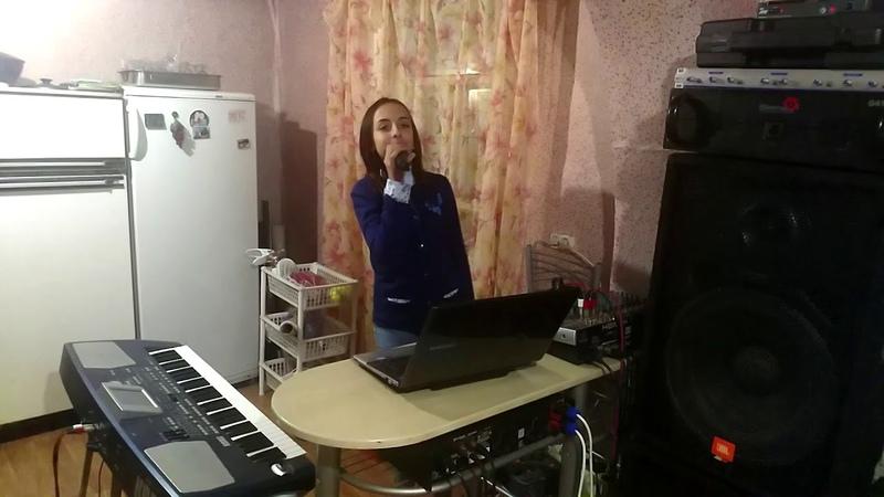 Лоленко Яна в гостях у Поющего Дальнобойщика ||☆Пою песню на титанике!♡♡||