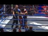 Колени в клинче. MAX Muay Thai