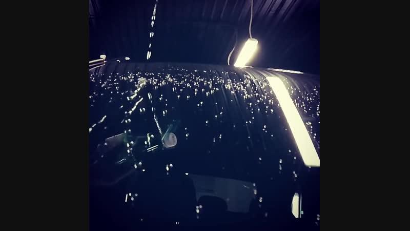 Водоотталкивающее покрытие стёкол автомобиля в действии