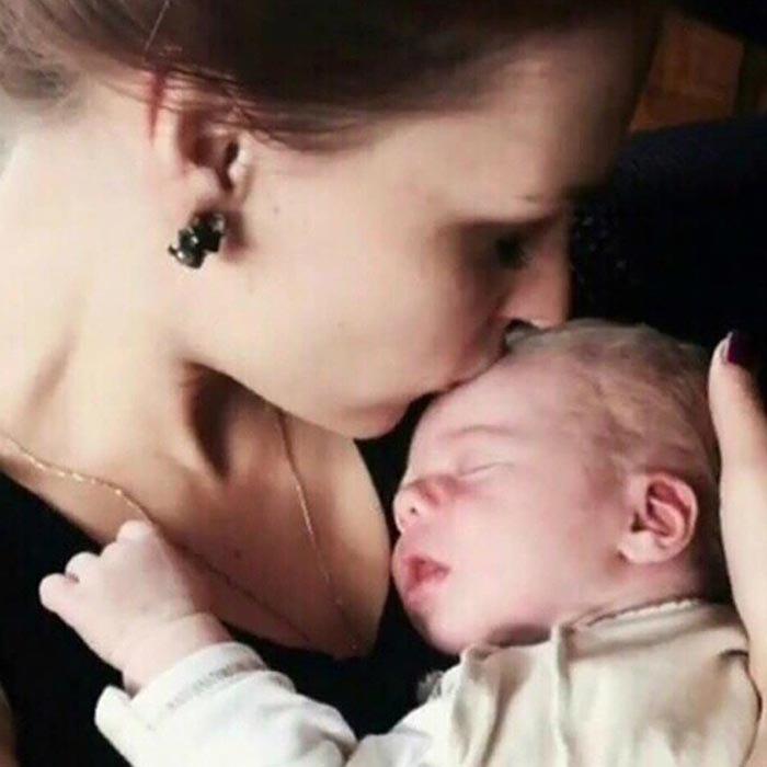 Мэрилин Керро родила мальчика фото