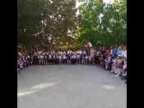 А вот так проходит праздничная линейка в Чадыр-Лунге в лицее им. Губогло.mp4