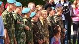 Юные десантники Саяногорска совершили первые прыжки с парашютом