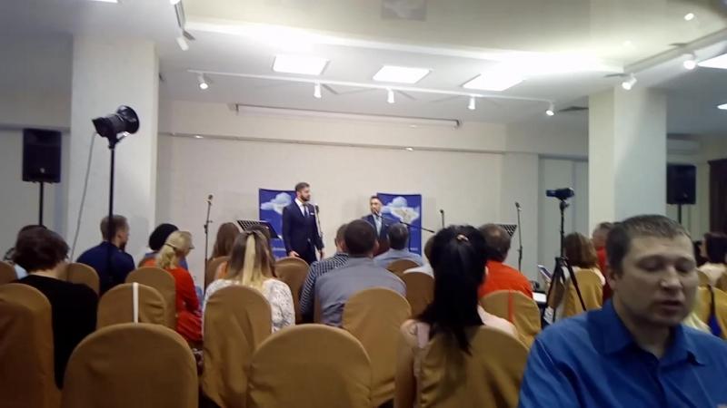 Сегодняшняя служба в церкви,гости из Франции,Москвы