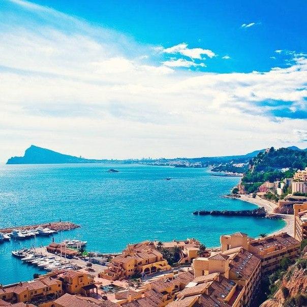 Петербург: тур в Испанию в середине мая на неделю в отель 4* за 14300 с человека