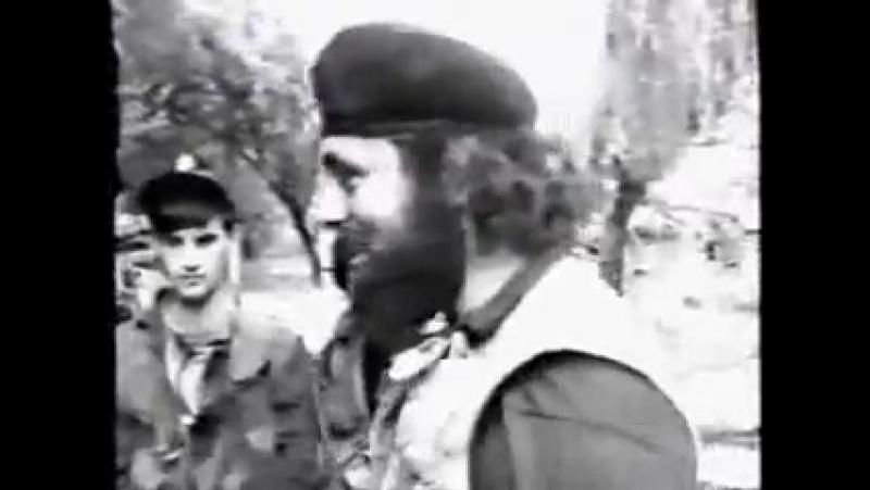 Старый видеоэпизод об окончании Первой войны в Чечне. 1996 год.