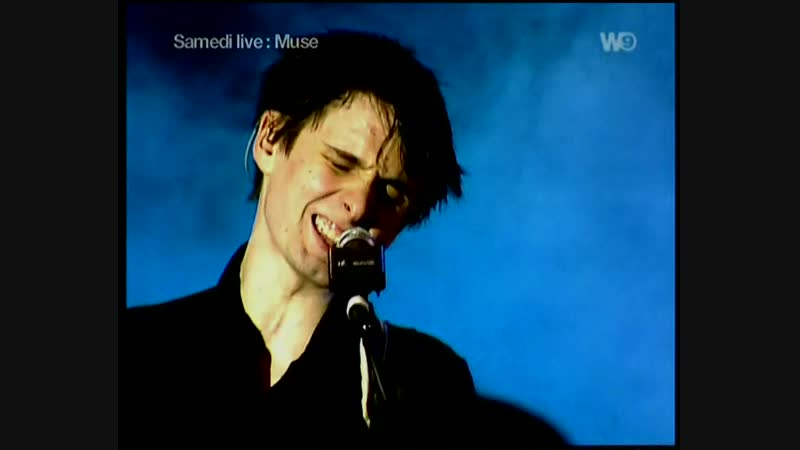 Muse Cave live at Astoria London 2000