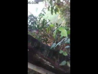 Desi_bangali_bhabi_outdoor_fuck_by_boyfriend_with_bangla_audio_at_forest_for_enj.mp4