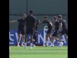 Сборная Англии ведёт подготовку к субботнему матчу.