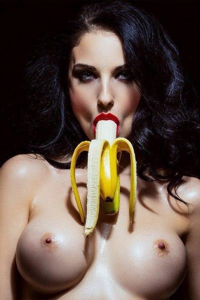 Lisa cole nude pics