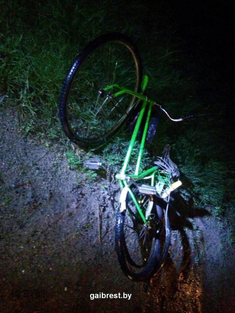 Брестский район: в ДТП на автодороге Р-94 погиб велосипедист