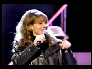 Mariah Carey - Fantasy (live at American Music Awards 1996)