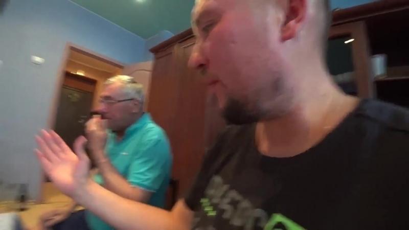 [Дмитрий Шилов] Вадик познакомил Лену с бывшей женой и все разъехались