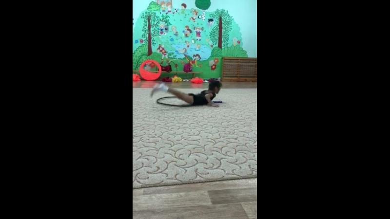 Художественная гимнастика  Детский сад 44 Тренер: Яковлева Кристина Фаиловна. Гимнастка: Иванникова Маша