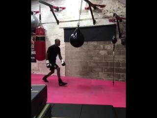Майкл Пэйдж готовится к своему второму боксёрскому поединку