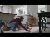 Очень смешное видео с подборкой реклам о том, что первый и второй ребёнок – это огромная разница! Смотрите сами 😆