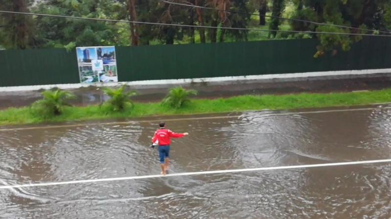 Потоп в Кобулети🤔.не повезло нам с погодой.сидим в номере.