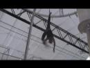 Воздушная гимнастка на полотнах 2