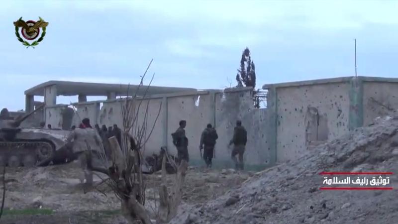 Видеокадры операций Сирийской армии по освобождению города Хуш эд-Давахра ... Освобождение школы