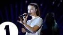 Sigrid - Strangers (Radio 1's Teen Awards 2018) | FLASHING IMAGES