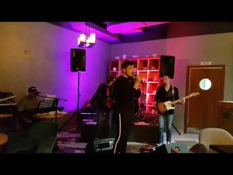 Павел Яшков и группа SkyLine17