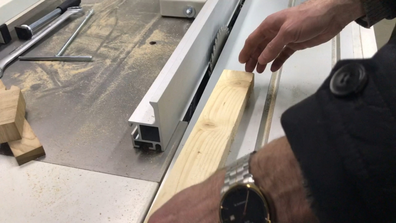 Толкатель-прижим GRR-RIPPER GR-100 MicroJig
