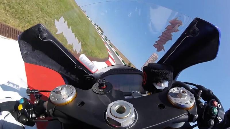 Yamaha YZF R6 '17 Onboard Lap at Portimao by Lucas Mahias