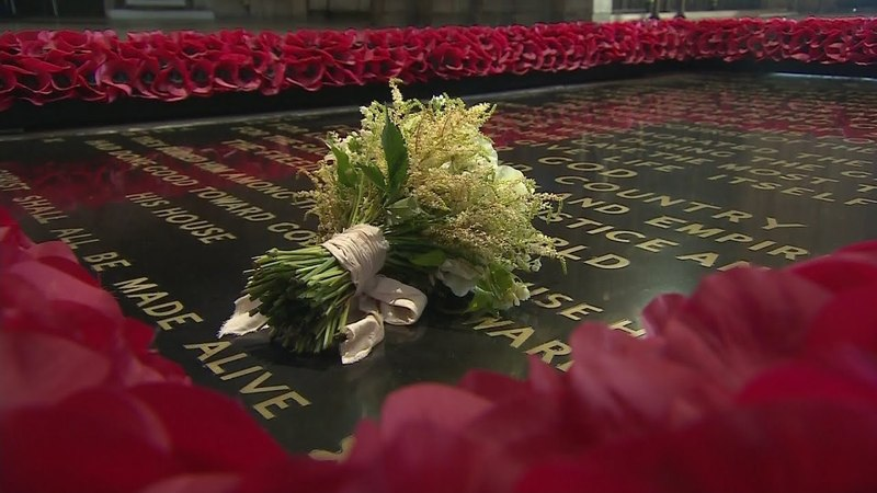 Meghan's royal bridal bouquet placed on tomb of unknown warrior as per tradition