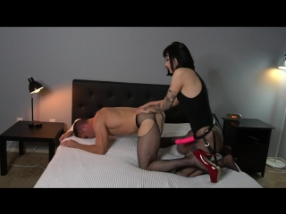 Ass worship and pegging at home with charlotte sartre [femdom, strapon, pegging, 720p]