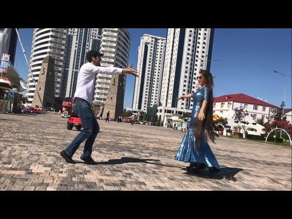 Девушка С Самыми Длинными Волосами В Мире Танцует В Грозном 2018 ALISHKA AZARINA ELVIN Чечня