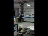 Конкретно работа на прямолинейном кромкооблицовочном станке