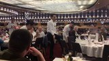 Круиз на лайнере Costa Diadema в ресторане для нас танцуют официанты