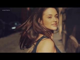 Olsein feat. Sofia Lecubarri - Lullaby Stranger (Deep Sound Effect Remix) Video