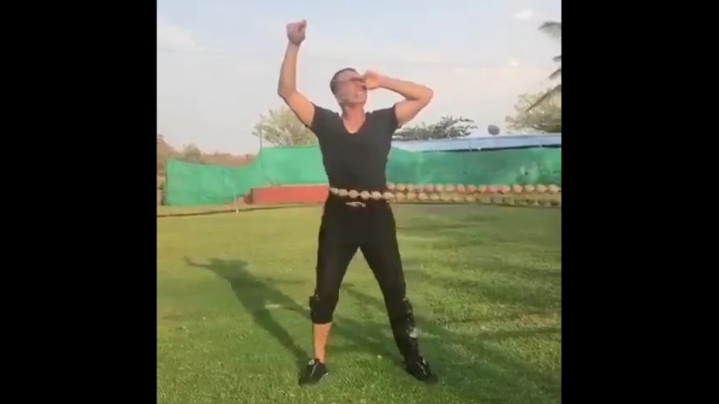 Акшай Кумар тренировка с бусинами FitIndia 19 04 18