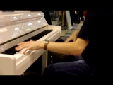 Valeriy Stepanov are playing on piano and darbuka at the same time!!!
